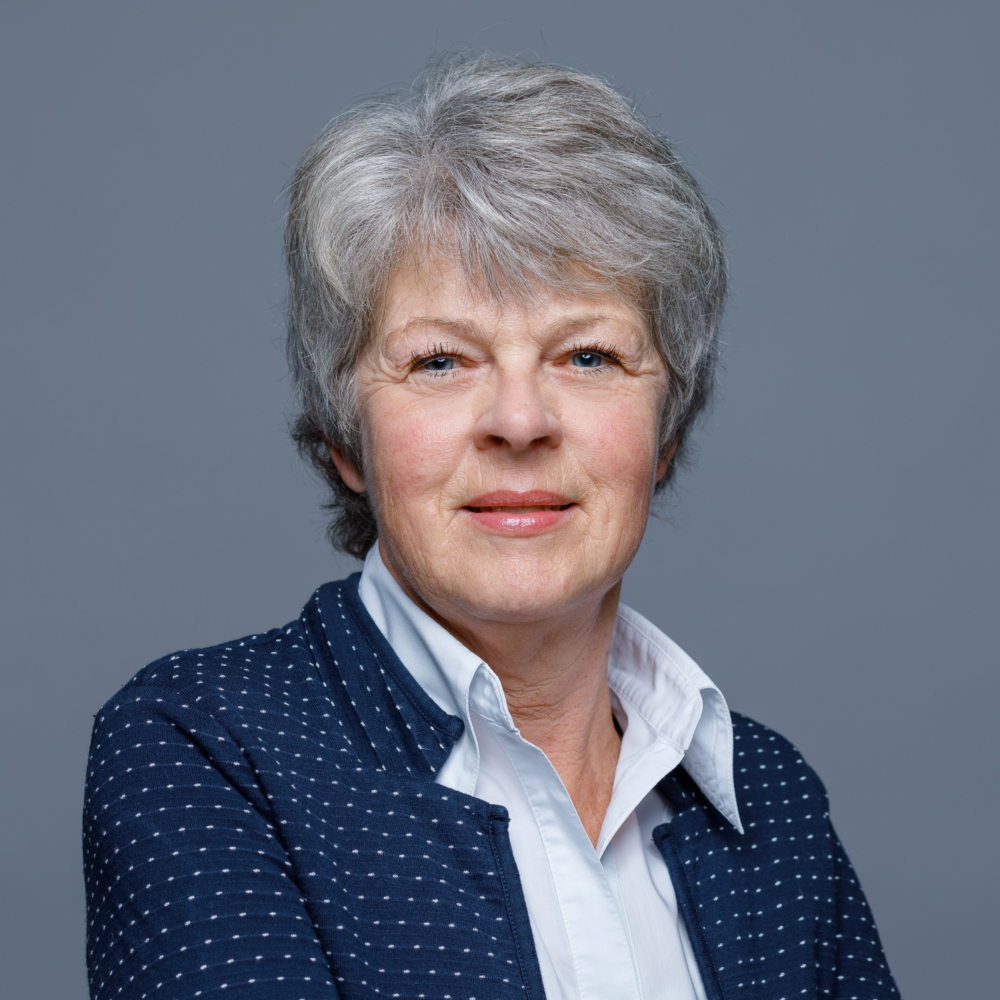Irene Betschart, Sekretariat