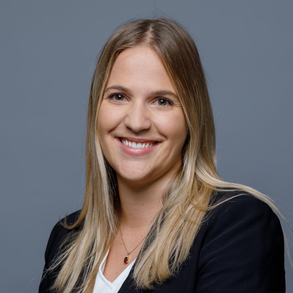 Angela Lüchinger, dipl. Wirtschaftsprüferin, zugelassene Revisionsexpertin