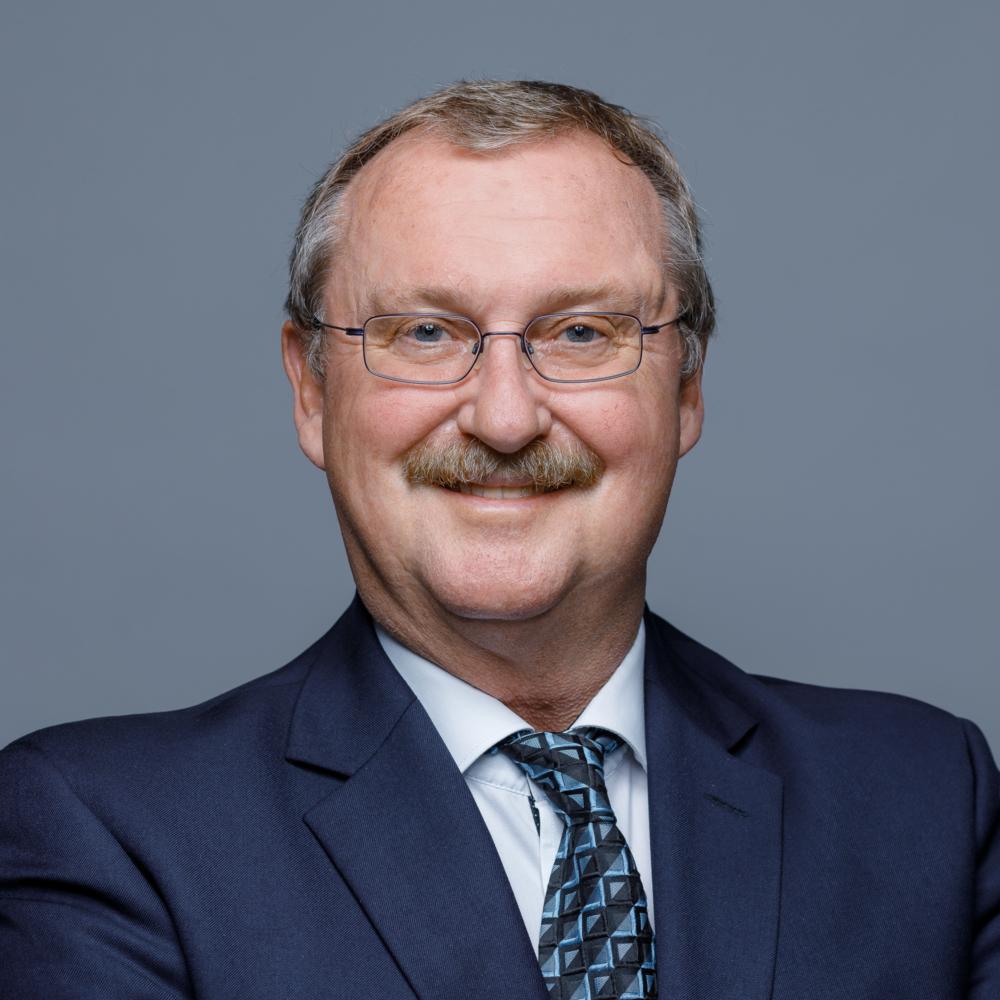 Ruedi Reichmuth, lic. iur. HSG, Rechtsanwalt, Urkundsperson, Partner